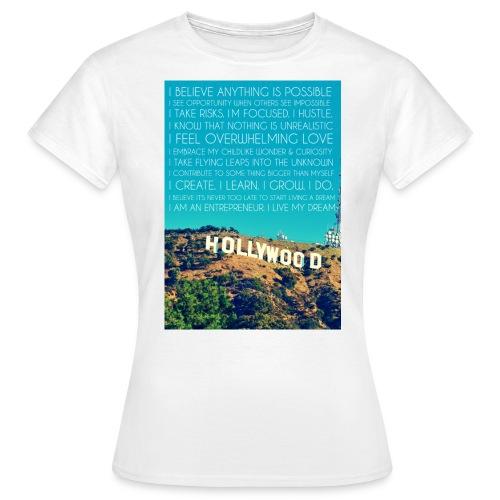 dream - Women's T-Shirt