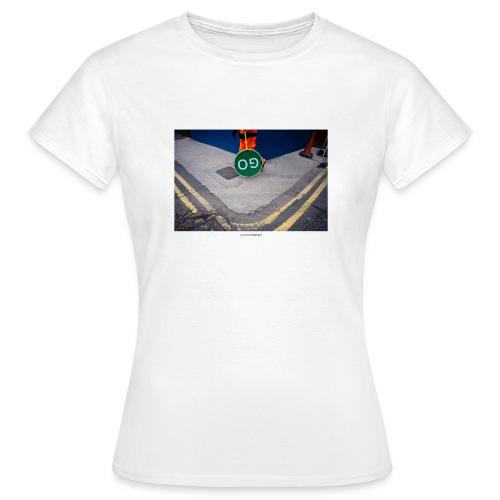 Go. - Camiseta mujer