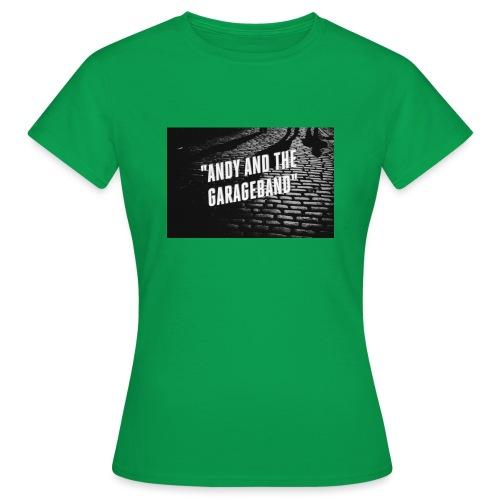Black and White - T-skjorte for kvinner