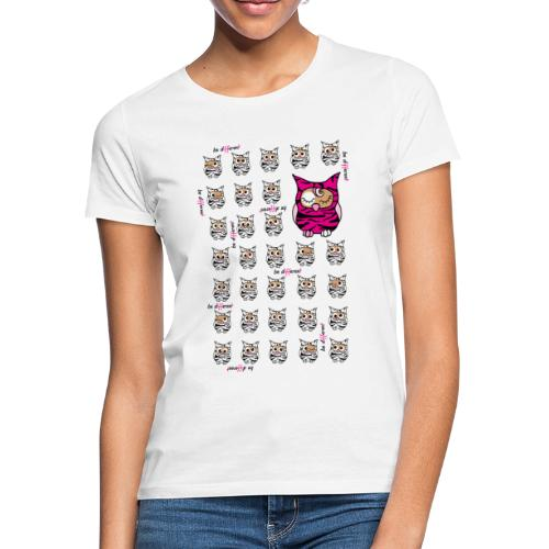 be different Eulen - Frauen T-Shirt