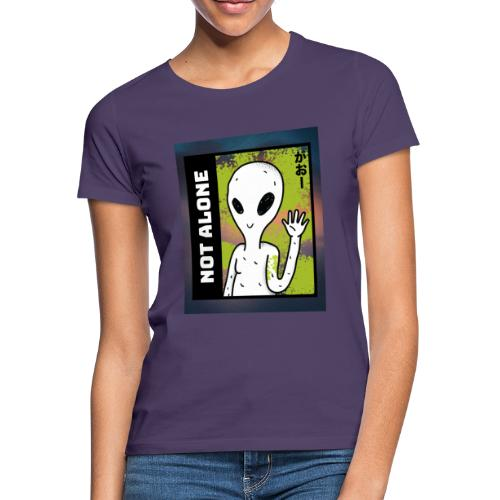 alien t shirt design maker featuring a smiling ali - Dame-T-shirt