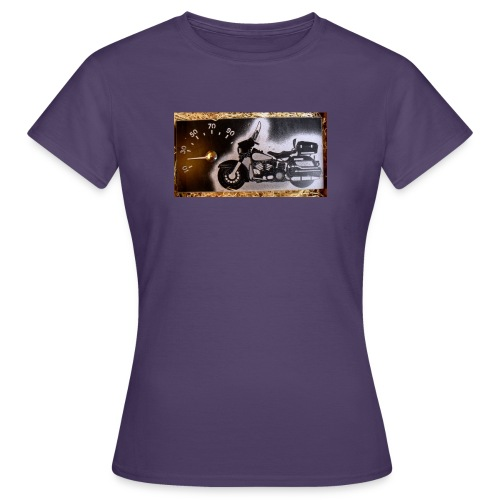 MP-kuva - Naisten t-paita