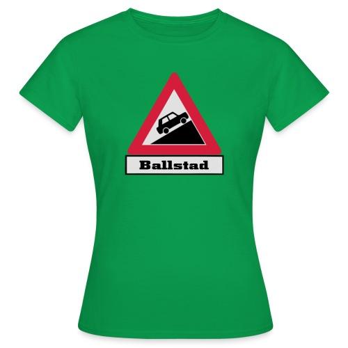 brattv ballstad a png - T-skjorte for kvinner