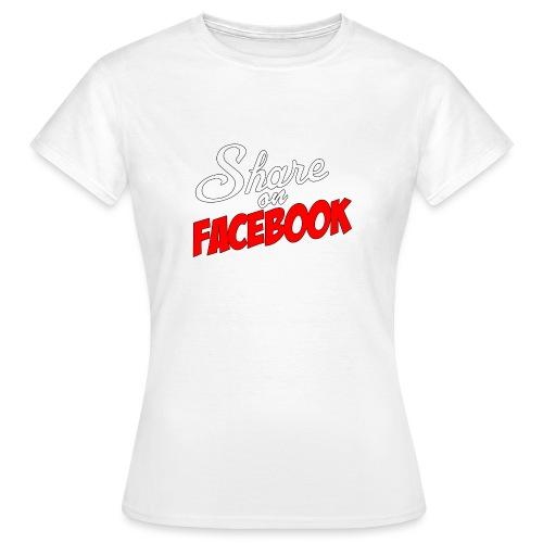 Share_on_fb_RED - T-skjorte for kvinner