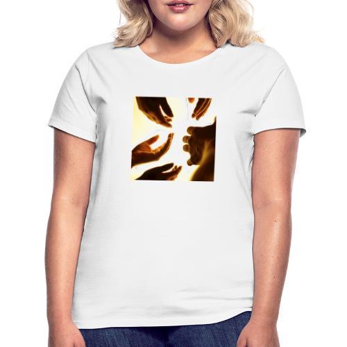 Reaching - Frauen T-Shirt