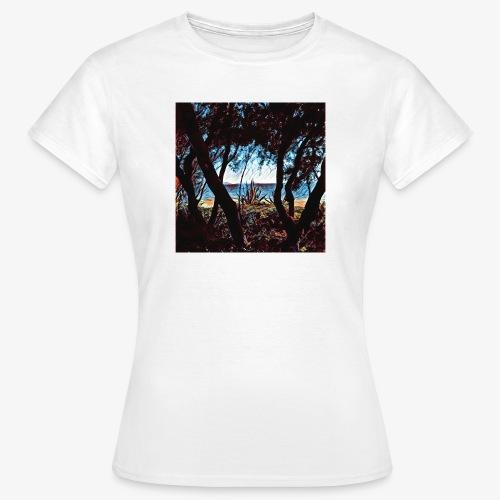 Vista mare dalla pineta - Maglietta da donna