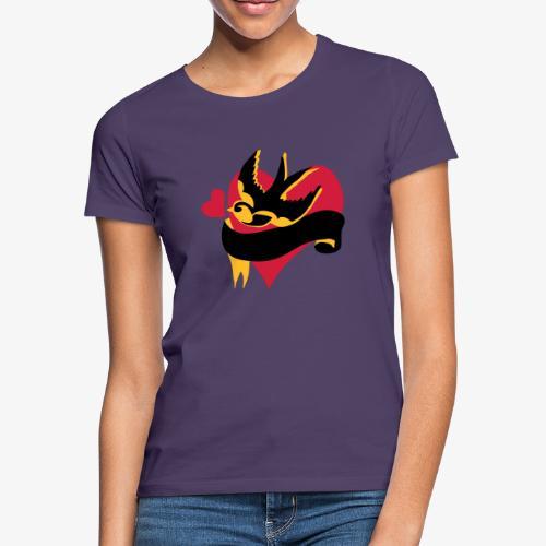 retro tattoo bird with heart - Women's T-Shirt