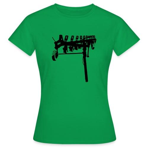 trailed plow - Women's T-Shirt