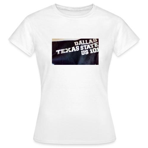 WIN 20160906 19 33 10 Pro jpg - Women's T-Shirt
