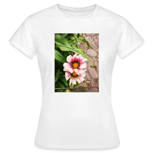 FLORES ROSAS - Camiseta mujer