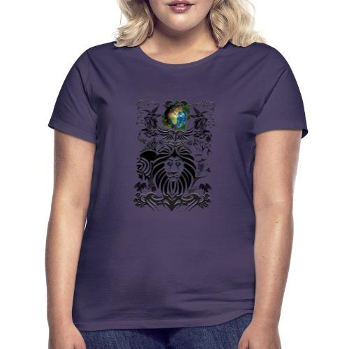 Mother EARTH NatureContest by T-shirt chic et choc - T-shirt Femme