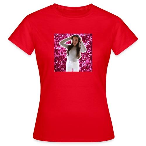 Julia xcxc - Women's T-Shirt