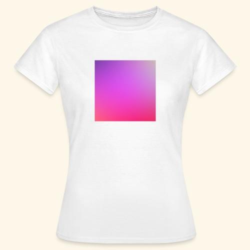 27 - T-shirt Femme