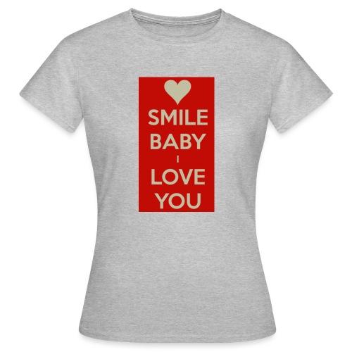 13EA371C 7A76 4027 BF26 429EE3809D0D - T-shirt dam
