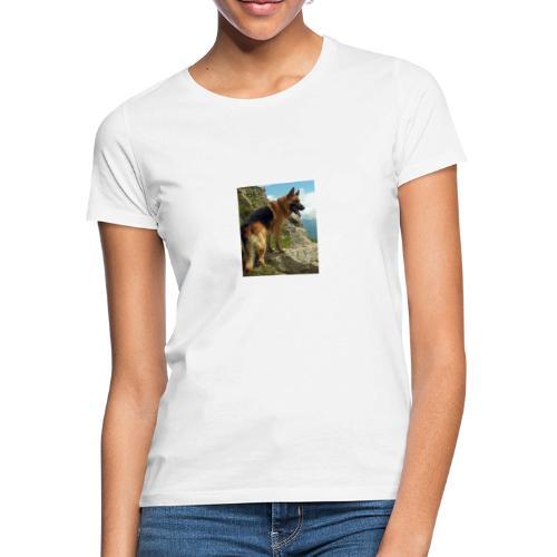 un chien berger allemand 4b257eb32ea8333f132a9071d - T-shirt Femme