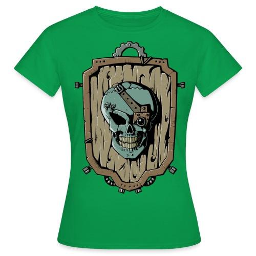 Wooden Skull Shield - Frauen T-Shirt