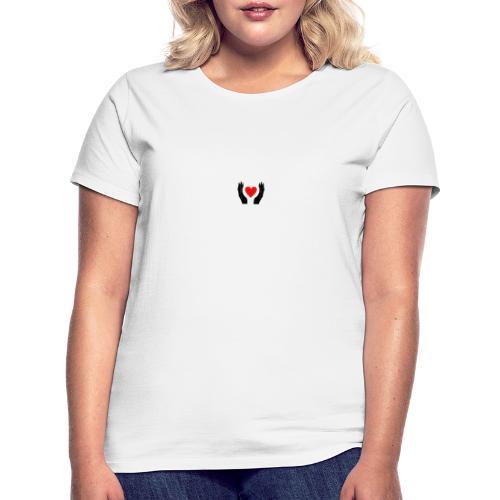 Schwarze Hände die rotes Herz halten - Frauen T-Shirt