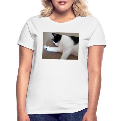 Chill like a cat! - Women's T-Shirt