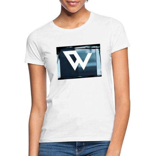 C3B1775B 6BE4 4476 98C6 767EEAAEFFC5 - Vrouwen T-shirt