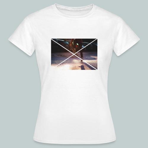 Skate-Hoodie&T-Shirt - Frauen T-Shirt