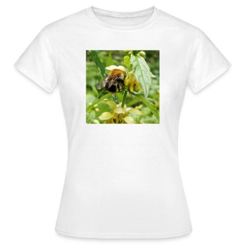 Auch eine Hummel braucht ein Dach überm Kopf - Frauen T-Shirt