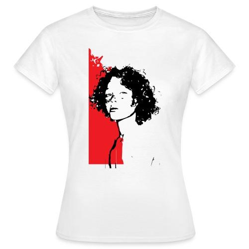L'enfant rouge représente la terre rouge d'Afrique - T-shirt Femme