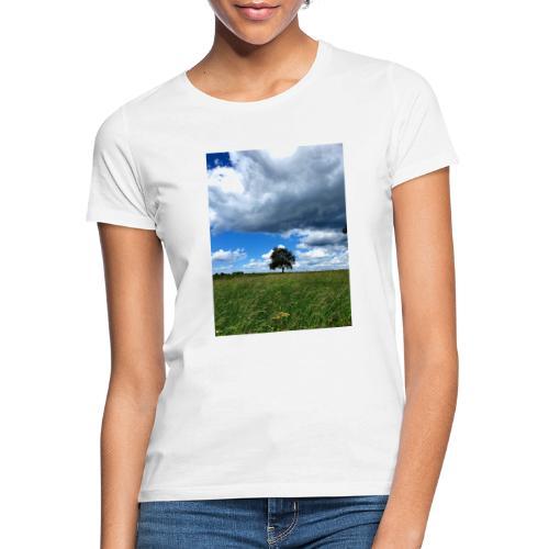 Der einsame Baum - Frauen T-Shirt