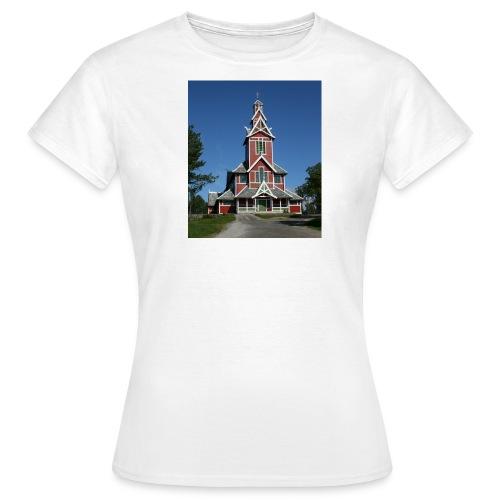 buksnes kirke - T-skjorte for kvinner