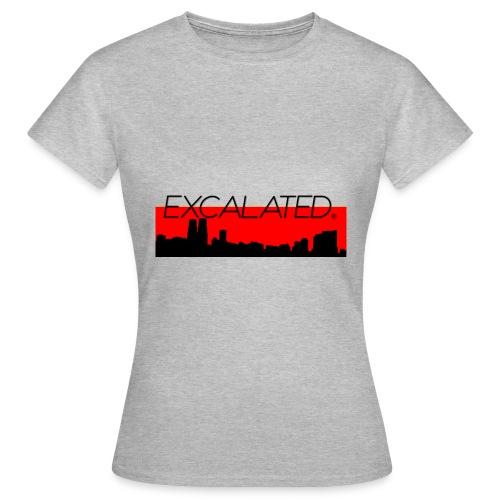 Excalated Skyline - Frauen T-Shirt