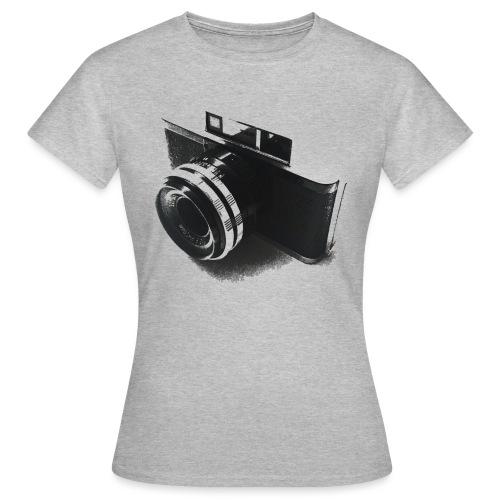 camara (Saw) - Women's T-Shirt