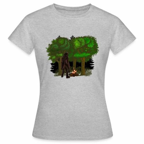 Bigfoot Campfire Forest - Women's T-Shirt