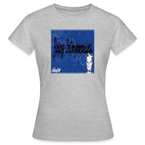 young_go_getter - Women's T-Shirt