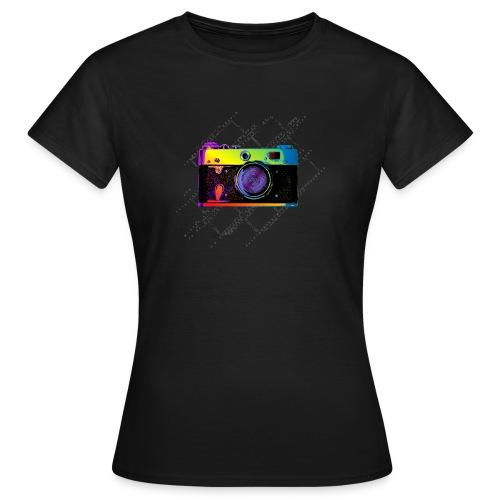 Vintage Rangefinder Film Camera Pop Art Style - Women's T-Shirt