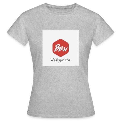 2F43F3D9 6697 4338 9AEA 4F5EC4A56192 - Vrouwen T-shirt