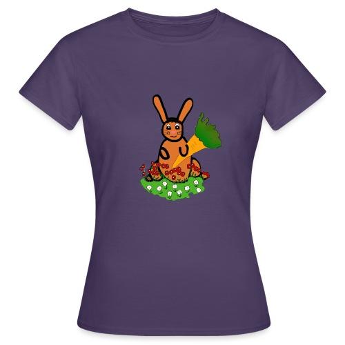 Rabbit with carrot - Women's T-Shirt