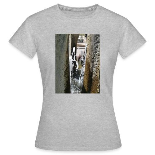 Wasserspiel - Frauen T-Shirt
