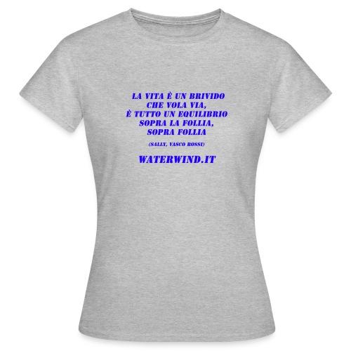 Sally Vasco red blue - Women's T-Shirt