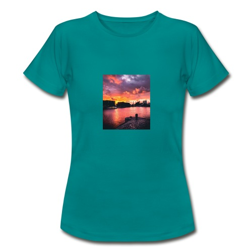 72C69AD7 1275 46C5 840A AFB0B32B4BEE - Women's T-Shirt