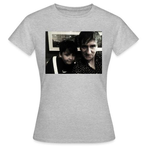 hoodies - Women's T-Shirt