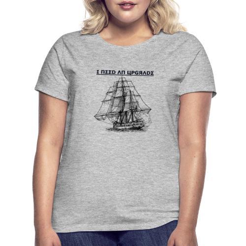Polpular Design Sips - Women's T-Shirt