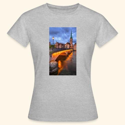 Link - Frauen T-Shirt