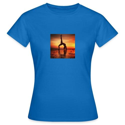 pet yoga - Vrouwen T-shirt
