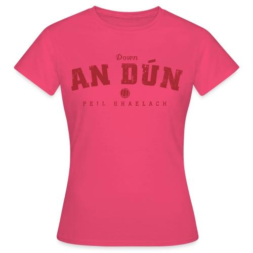 down vintage - Women's T-Shirt