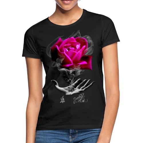 La rosa prospera - Camiseta mujer