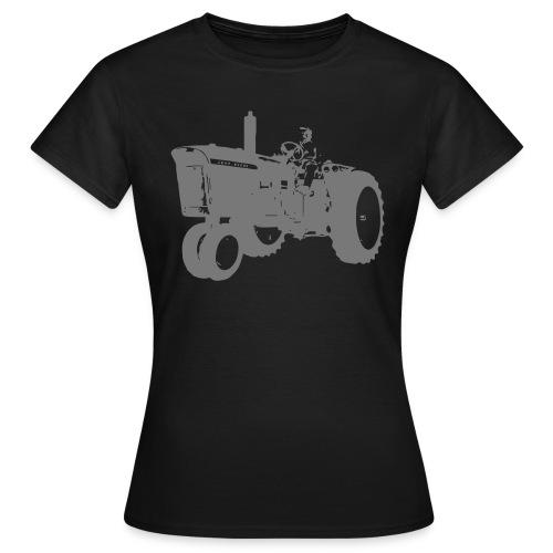 4010 - Women's T-Shirt