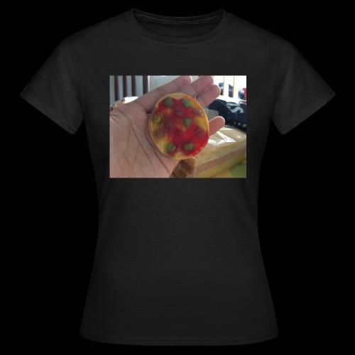 EF5B7657 EEBF 497B A7E5 AFDA20892369 - Women's T-Shirt