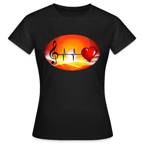 Music and Hearth - Frauen T-Shirt