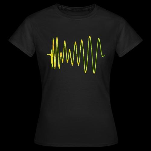 Boom 909 Drum Wave - Women's T-Shirt