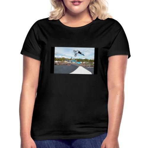 Karlis Sprung - Frauen T-Shirt