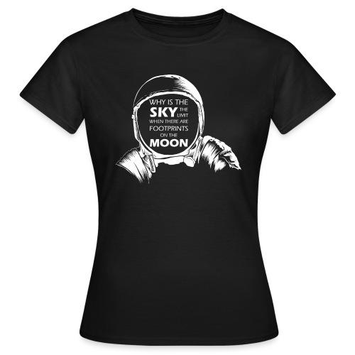 Astronaut - Footprints on the Moon - Frauen T-Shirt